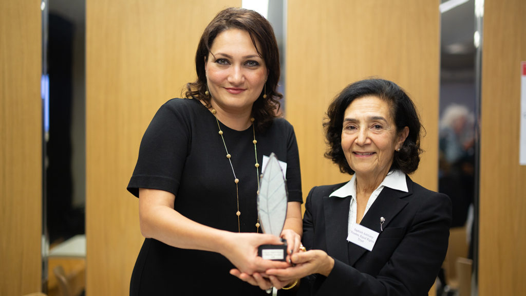Shahla Ismayil recieves the 2018 Bob Hepple Equality award from the Chairperson of the Equal Rights Trust, Saphié Ashtiany