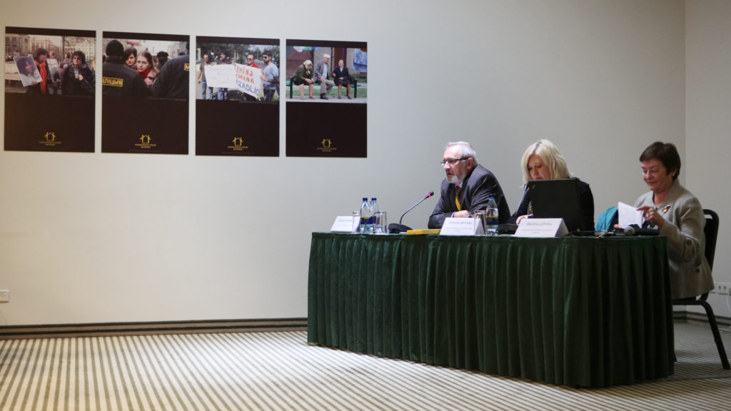 Barys Zvozskau, Tatsiana Reviaka, and Zhanna Litvina during the 2010 network meeting of Human Rights Houses. Photo: humanrightshouse.org